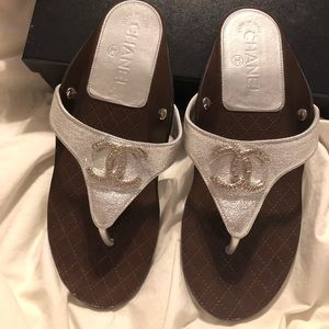 Chanel thongs sandal Laminated Goatskin Silver